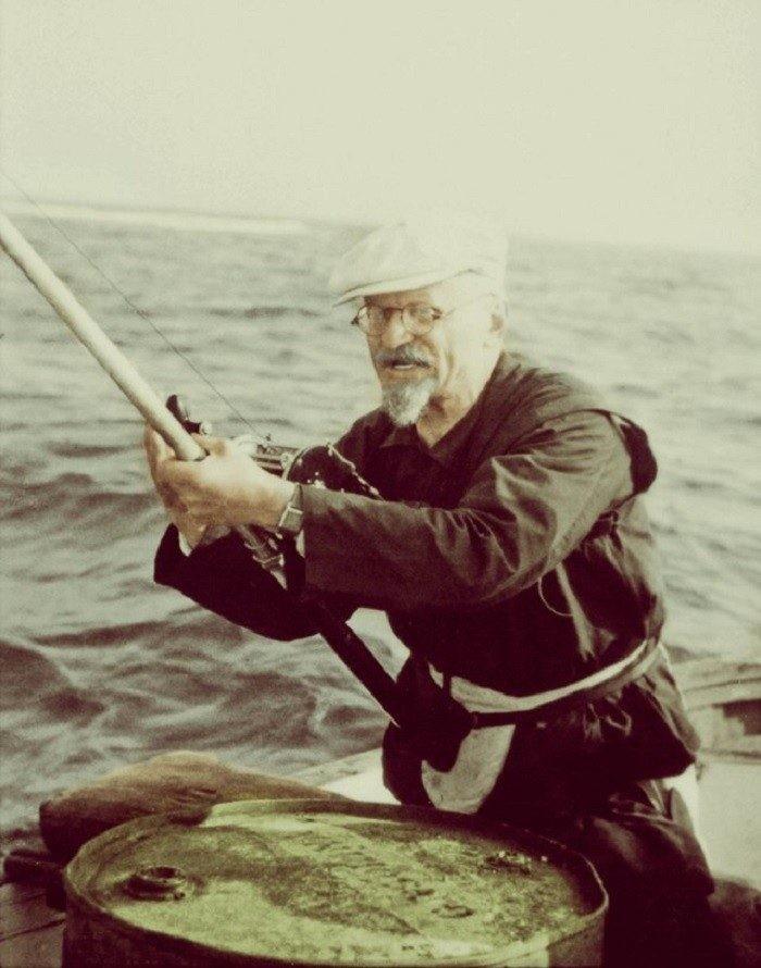 Лев Троцкий на рыбалке. Мексика. 1940 год. знаменитости, история, фото
