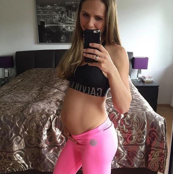 Настоящие беременные со всего света порно видео