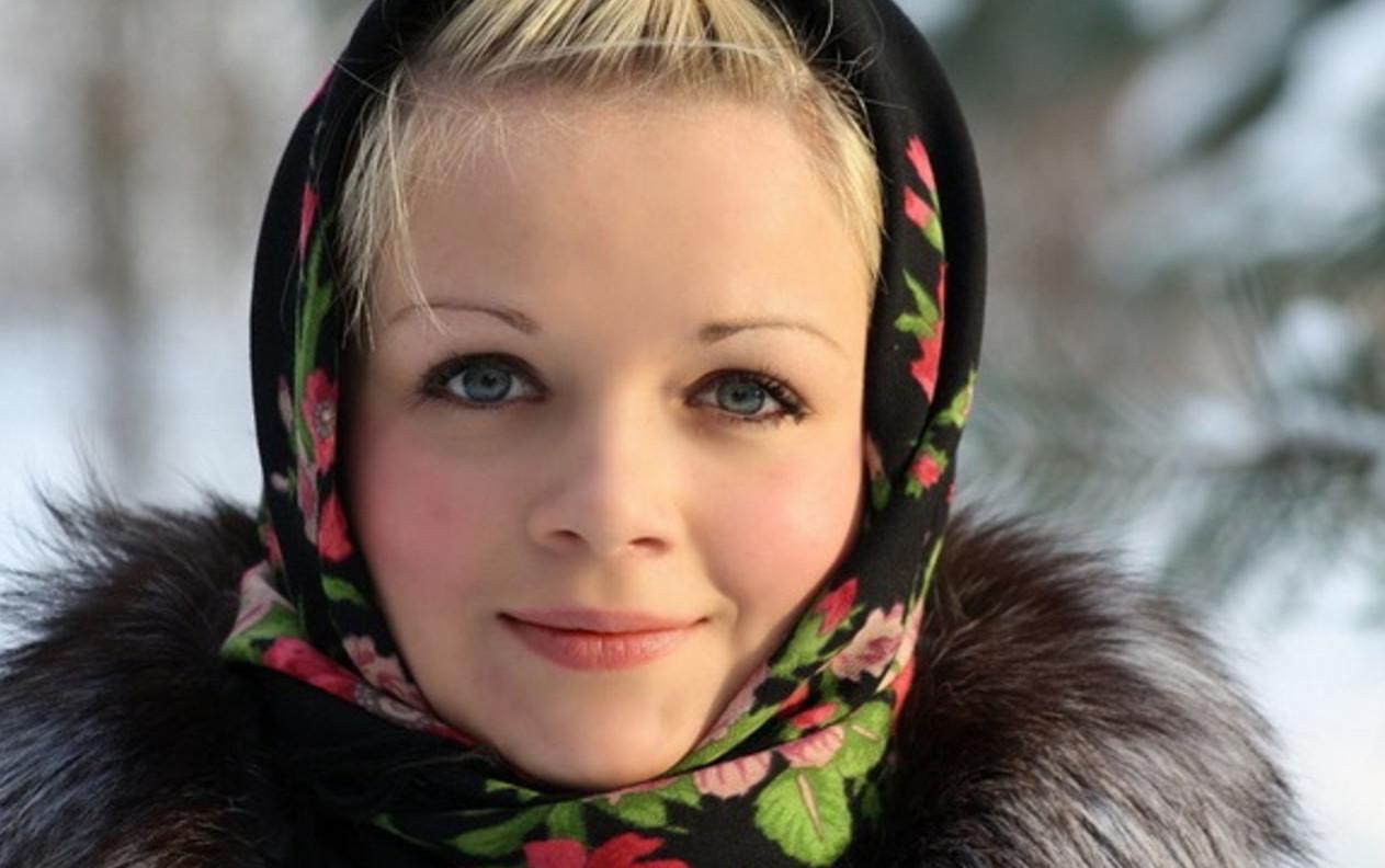 Русская девушка у доктора