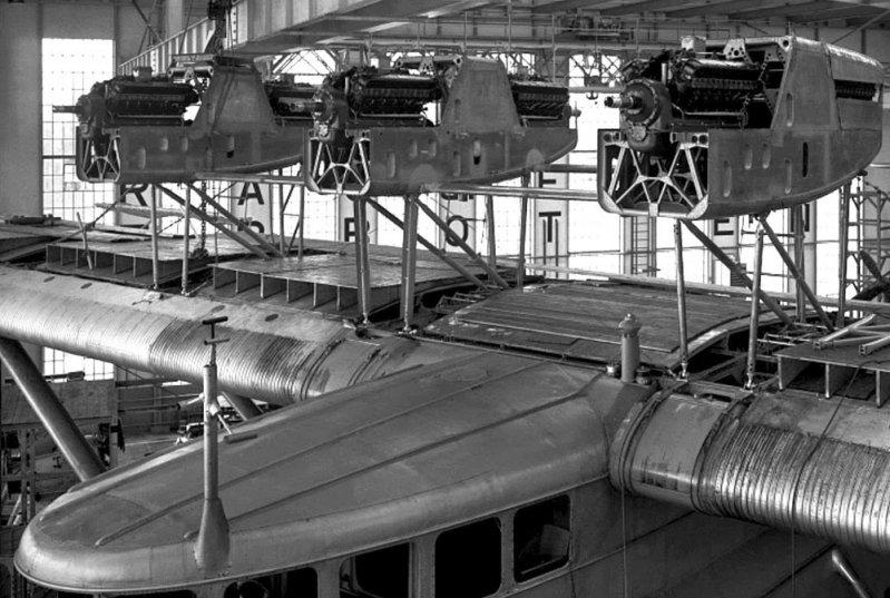 Летающий дворец. Немецкая пассажирская летающая лодка Do-X, Dornier, Дорнье, авиация, воздушная техника, пассажирский самолет, самолет, транспорт