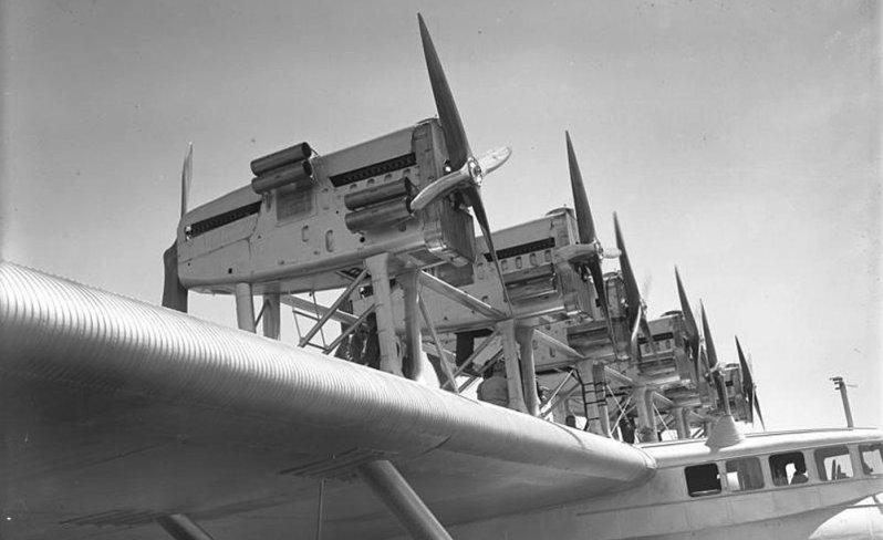 """""""Конкероры"""" на крыле модифицированного Do-X. Do-X, Dornier, Дорнье, авиация, воздушная техника, пассажирский самолет, самолет, транспорт"""