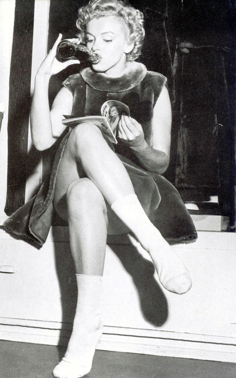 Marilyn monroe skirt blown up
