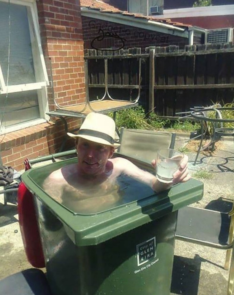 И бюджетный бассейн высокая температура, жара, когда же зима?, лето, печёт, плавится мозг, прикол, припекло