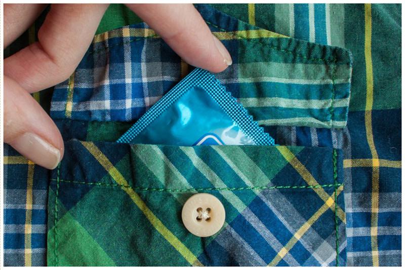 Секс без презерватива - новый вид насилия интересное, интимное, насилие, презерватив, странное, факты, что в мире делается