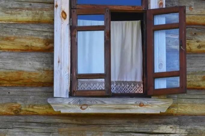 """Открыть окна во время торнадо чтобы """"уменьшить давление"""" - также сомнительная идея. Советуют оставить окна закрытыми. Чрезвычайная ситуация, безопасность, жизнь, интересно, несчастный случай, полезные советы, советы, спасение"""