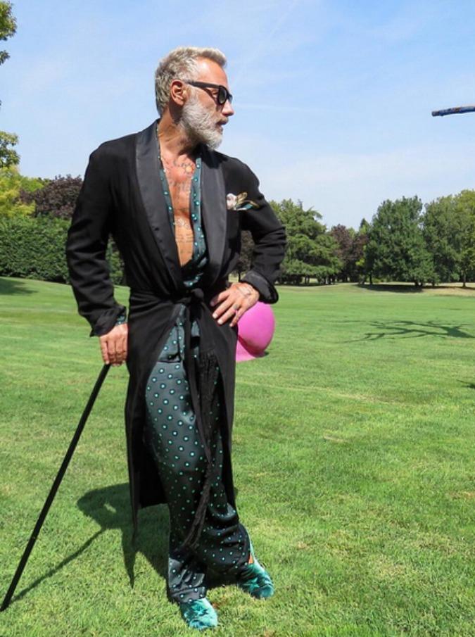 """Имущество """"танцующего миллионера"""" арестовано за долги Instagram, Джанлука Вакки, Танцующий, дольче вита, звезда соцсетей, миллионер, плейбой"""