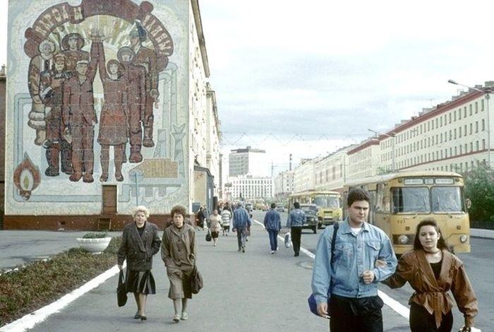 Джинсовки и кожанки - примета времени вспомнить молодость, дорогие россияне, история, как это было, лихие 90-е, россия, фото, это наша с тобой биография