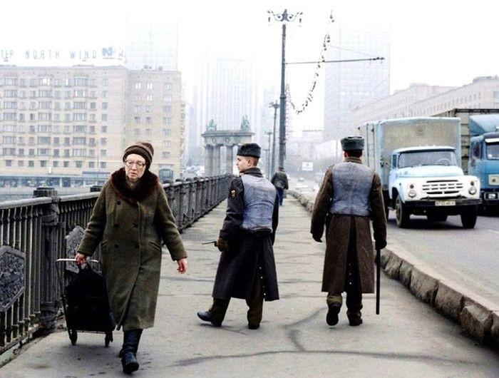 Грозно шагают твои патрули вспомнить молодость, дорогие россияне, история, как это было, лихие 90-е, россия, фото, это наша с тобой биография
