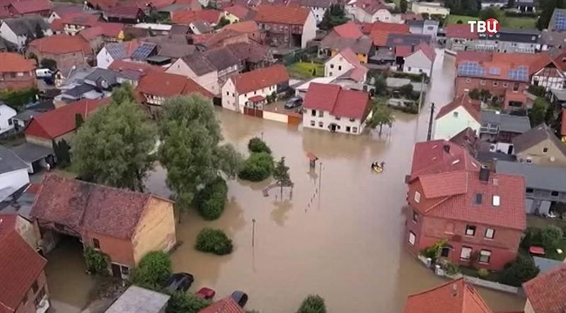 """Рекордная жара, получившая название """"Люцифер"""", поджаривает Европу глобальное потепление, град, жара, зима, лето, погода, прогноз погоды, снег"""
