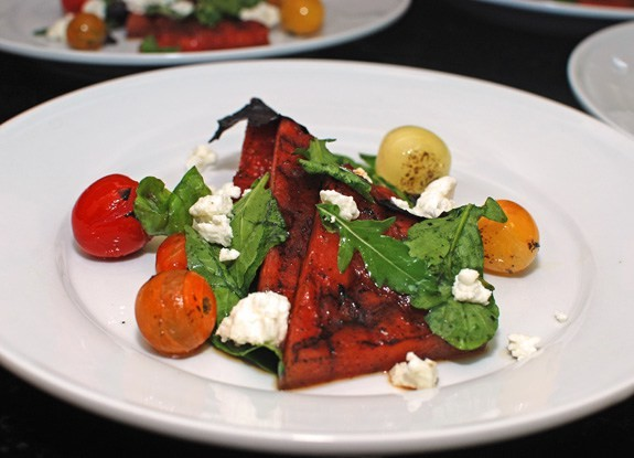 Рецепт арбузного салата с брынзой и помидорами Лайфхак, арбуз, выбор, житейская хитрость, лето, нитраты, рецепт, рынок