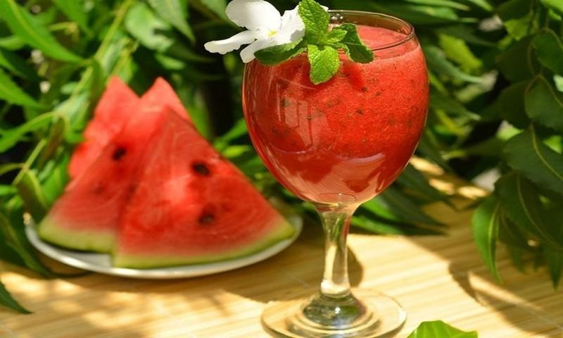 Рецепт освежающего арбузного коктейля Лайфхак, арбуз, выбор, житейская хитрость, лето, нитраты, рецепт, рынок