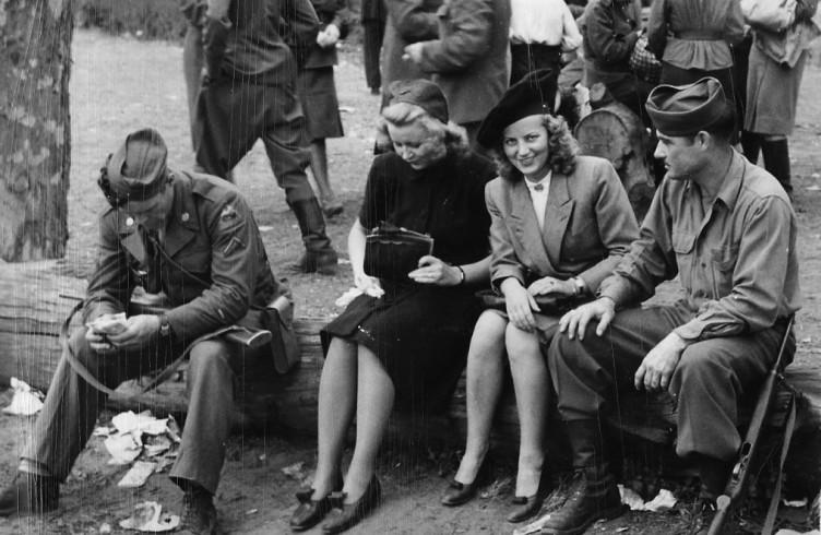 Немки трахаются с победителями во второй мировой войне секс
