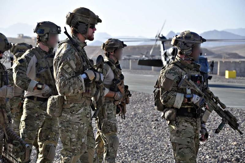 """3. Специальная авиадесантная служба (Special Air Service, SAS) - британский спецназ Группа """"А"""", антитеррористический десант, спецназ, спецназовцы, спецподразделение, спецподразделения"""
