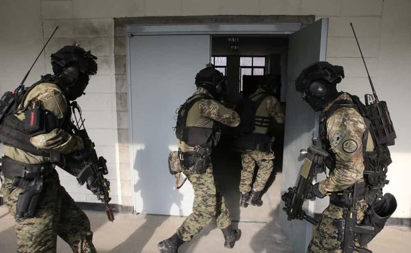 """5. 707-й батальон специального назначения - спецподразделение Южной Кореи Группа """"А"""", антитеррористический десант, спецназ, спецназовцы, спецподразделение, спецподразделения"""