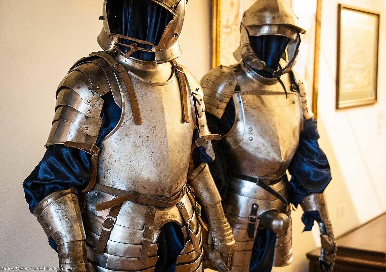 рыцарские латы фото продвинутые туристы уверены