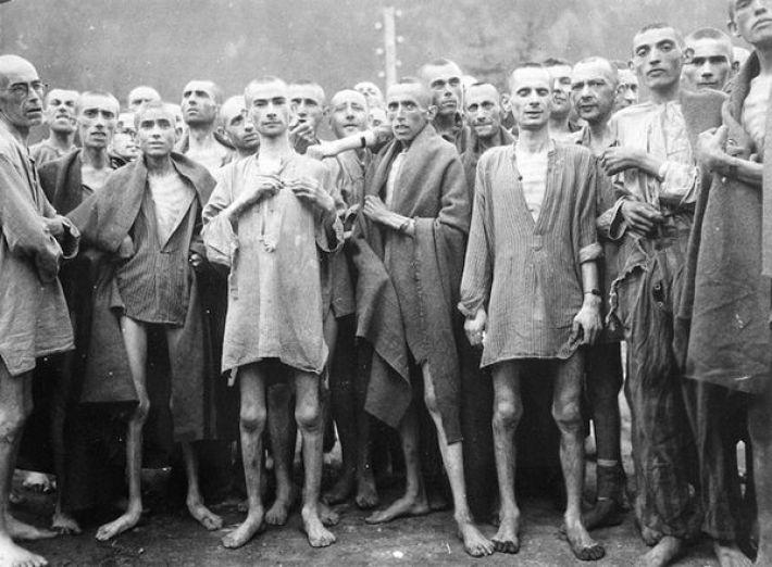18. Подопытные заключенные в одном из концентрационных лагерей Третьего Рейха, май 1945-го