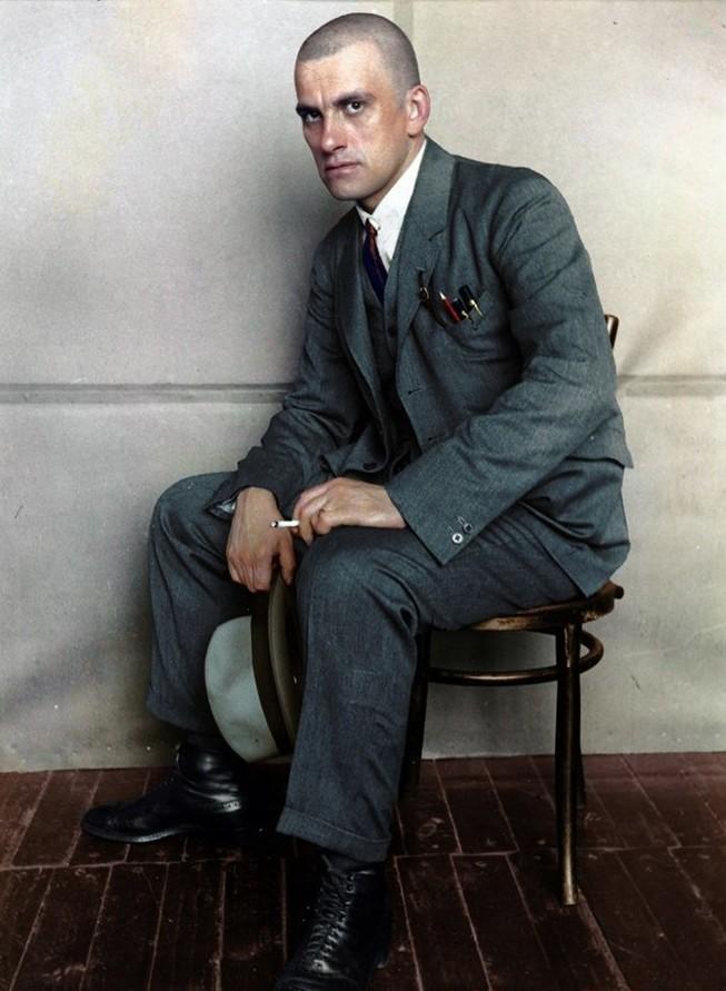 Владимир Владимирович Маяковский, 1924 история., колоризированные снимки, люди, россия, фото