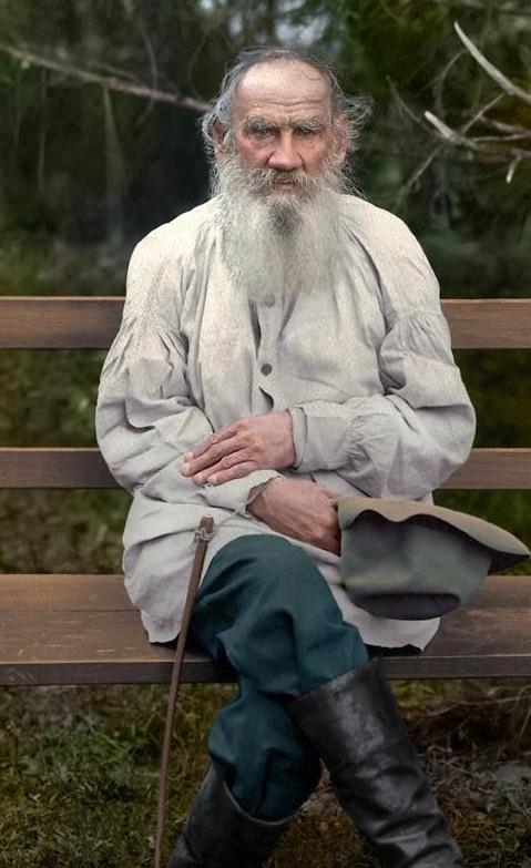 Граф Лев Никола́евич Толсто́й — один из наиболее известных русских писателей и мыслителей, один из величайших писателей мира. Участник обороны Севастополя. история., колоризированные снимки, люди, россия, фото