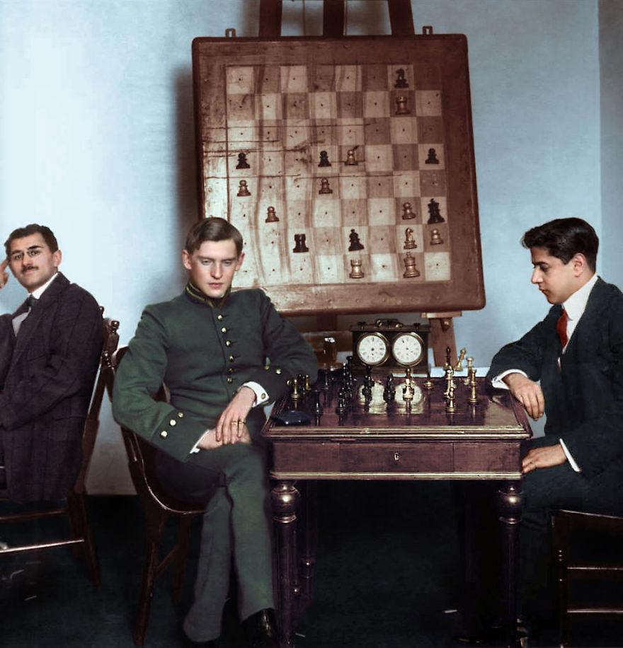 Хосе Рауль Капабланка против Александра Алехина, 1913. история., колоризированные снимки, люди, россия, фото