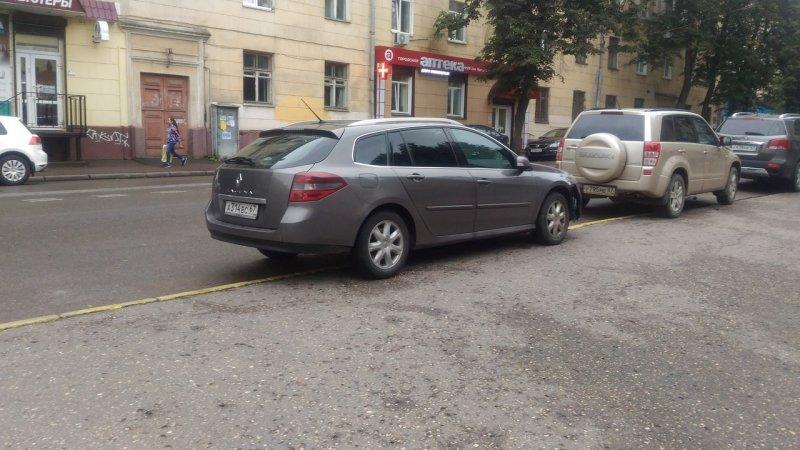 В Смоленске пожарные проучили автохама авто, автоместь, автохам, месть, парковка, пожарная машина, пожарная часть, пожарные
