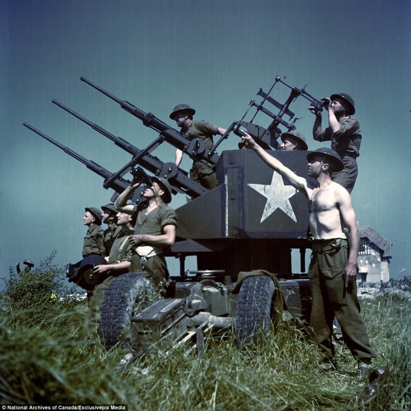 Позируют военному фотографу архивные фотографии, военные фото, вторая мировая война, вторая мировая. фото, нормандия, франция