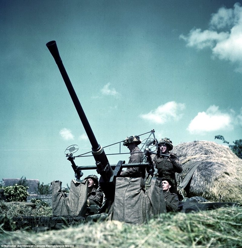 """40-мм зенитная автоматическая пушка """"Бофорс"""" архивные фотографии, военные фото, вторая мировая война, вторая мировая. фото, нормандия, франция"""