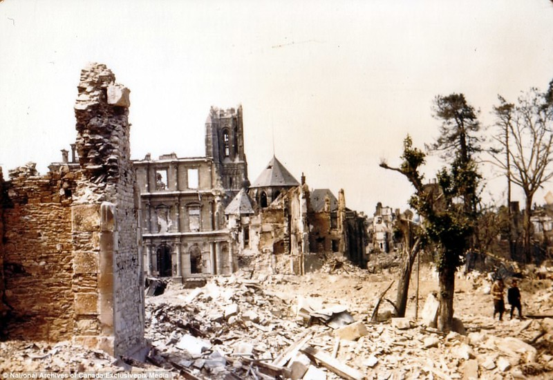 Руины Сен-Ло архивные фотографии, военные фото, вторая мировая война, вторая мировая. фото, нормандия, франция