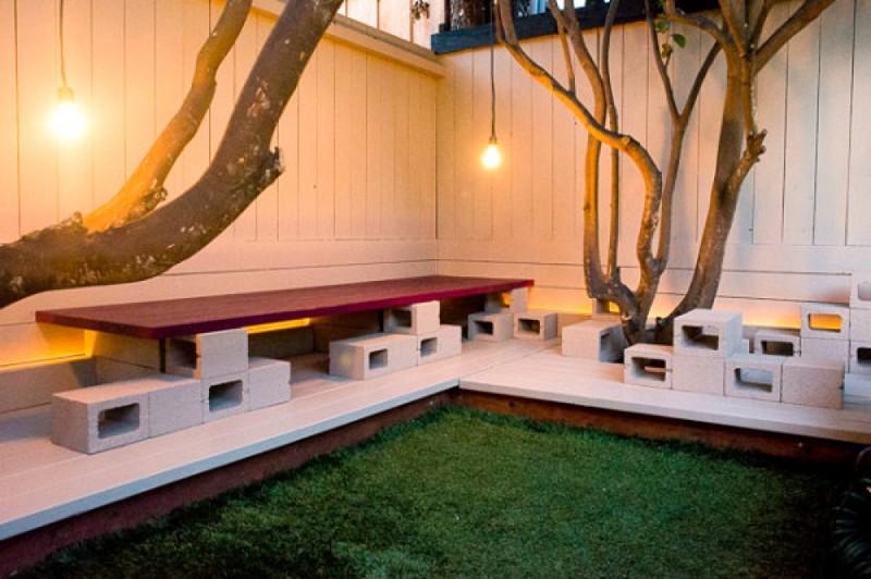 Если вам нравится интерьер в стиле лофт, то шлакоблоки займут место не только в вашем дворе интересно, своими руками, фото, шлакоблоки