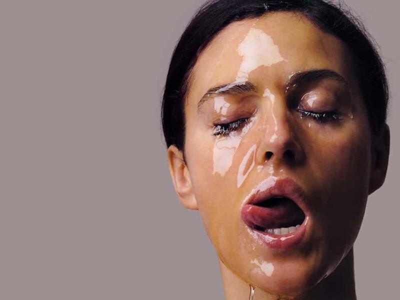 Моника в меду. актриса, знаменитости, кинодива, красота, моника беллуччи, самая сексуальная женщина, секс-символы, фото