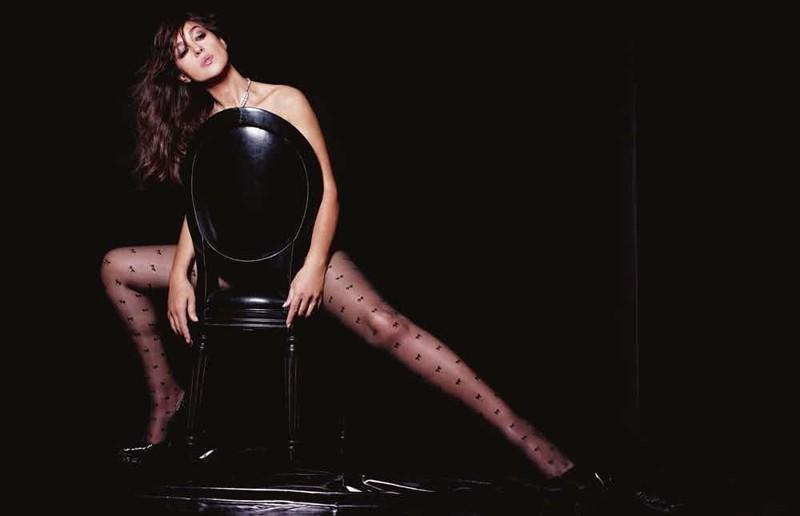 Актриса редко демонстрирует на фото свои шикарные ноги. Вот один из кадров: актриса, знаменитости, кинодива, красота, моника беллуччи, самая сексуальная женщина, секс-символы, фото
