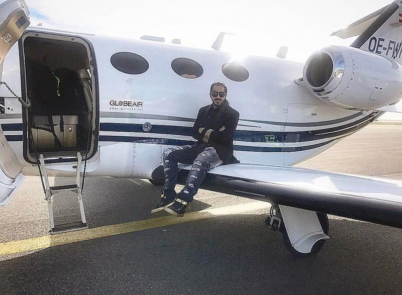 Хотя кого-то даже тянет посидеть на крыле самолёта Instagram, RichRussianKids, Дети олигархов, будущее страны, деньги, золотая молодежь, роскошь, фото