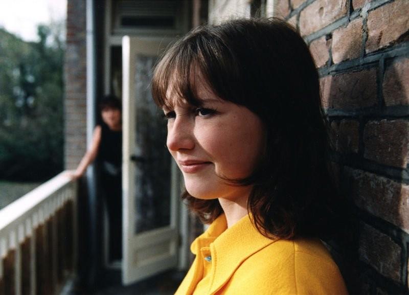 """Кэрис Ван Хаутен (Мелисандра) в """"Сюзи Кью"""" в 1999 году актер, актриса, знаменитость, игра престолов, сериал, фотография, юность"""