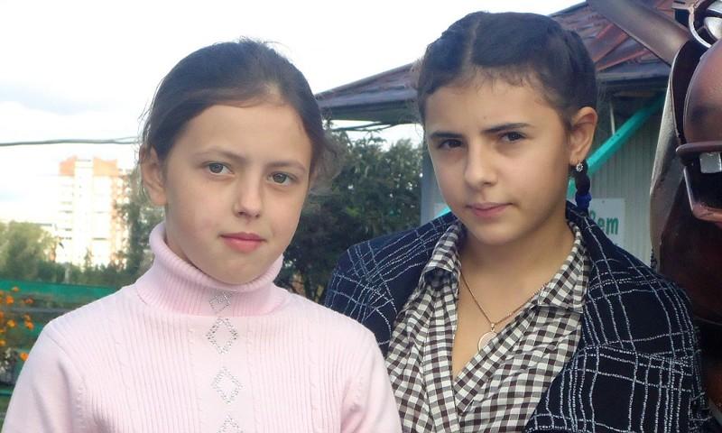 Ира Беляева и Аня Искандерова, Челябинская обл. РФ. дети, приемные, родители, семья, трагедии