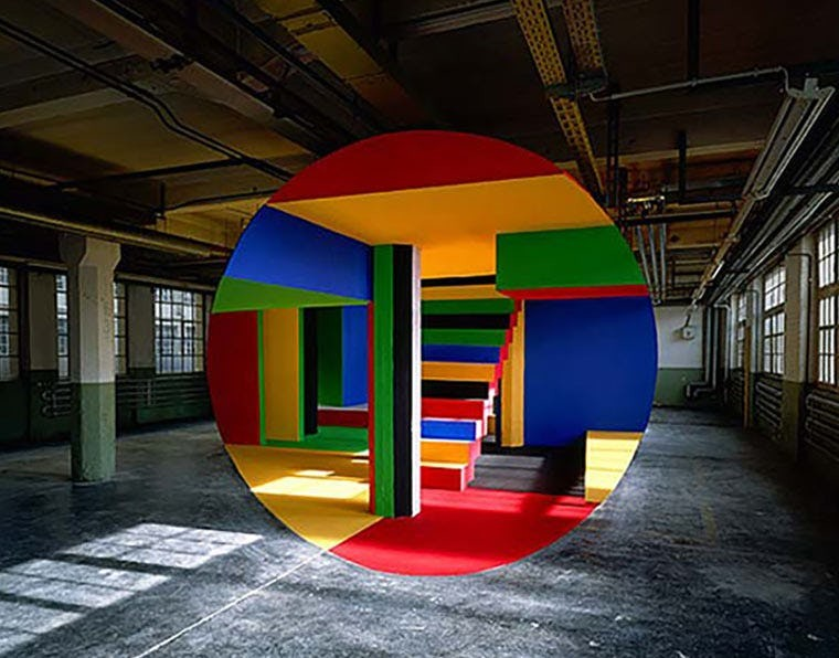 5. Арт-объект в заброшенном здании без фотошопа, вот это да!, интересные фотографии, необычные, реальность, фотошоп