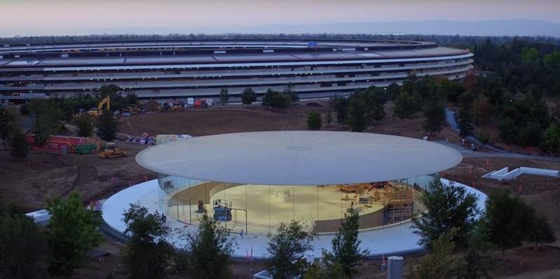 Презентация пройдет в в Театре Стива Джобса, в новом кампусе Apple Park. Появилась информация также о том, что все основные секреты уже просочились за стены нового здания, но утечка не снизит ажиотаж вокруг apple, iphone, iphone8, айфон, соцсети