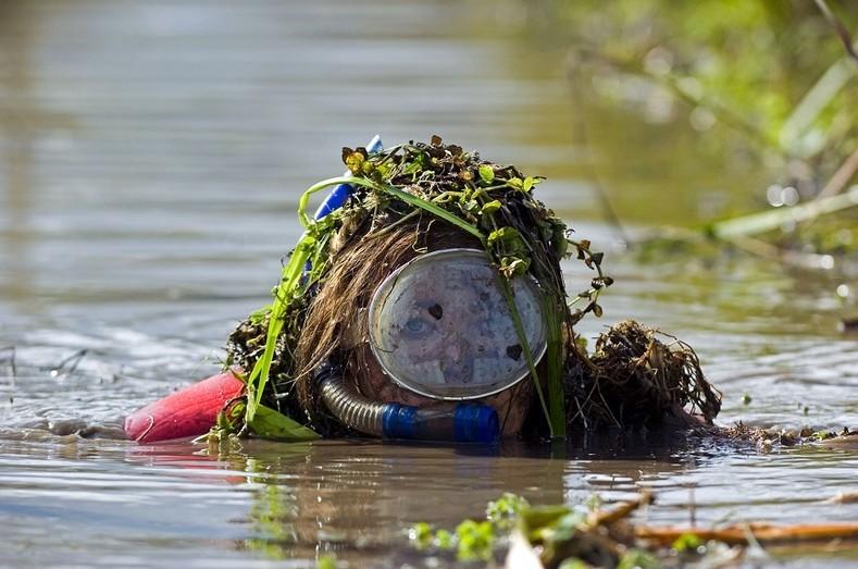 Езда по болоту на горном велосипеде. гопак, соревнования, спорт, украина, чемпионаты