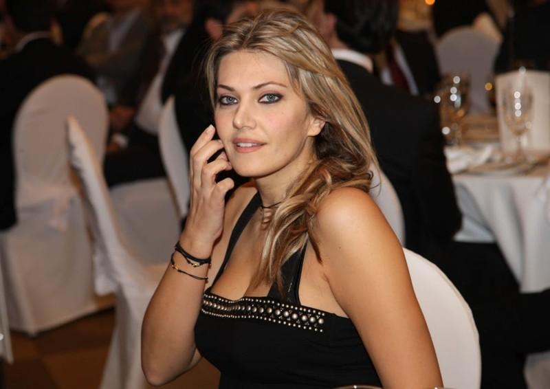 4. Ева Кайли - Греция Ким Кардашьян, женщины в политике, женщины политики, интересно и познавательно, красивые женщины, кто кого, политики, привлекательные