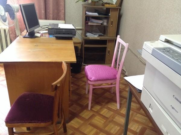 Доходит до того, что мебель в колледжи несут из дома Шарага, колледж,  образование 0293f553fb2