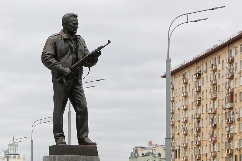 Памятники в москве и московской области kia гранитные памятники фото цена в 2018 году