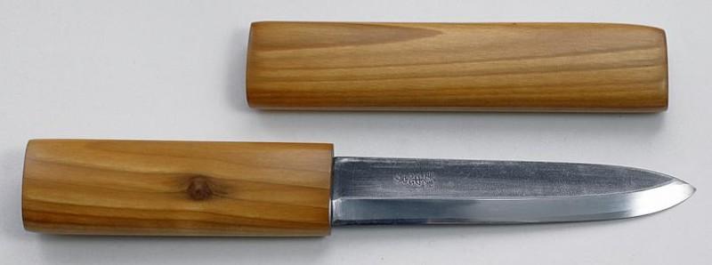 Обработка олифой натуральной льняной рукоятки ножа
