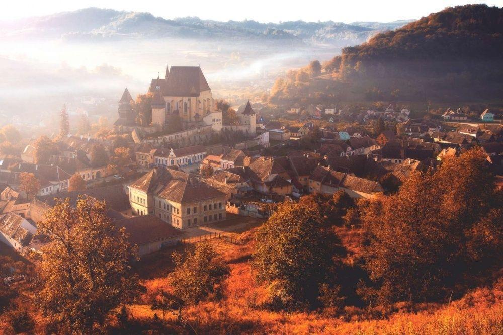 Картинки по запросу Трансильвания осенью