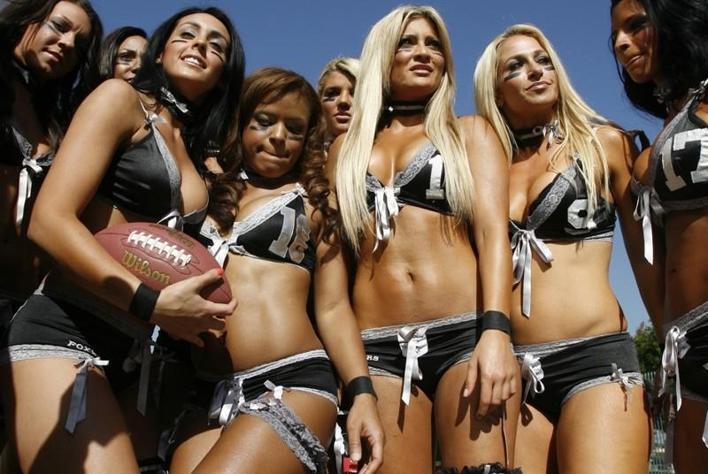 American football nude girls, black and buff porn