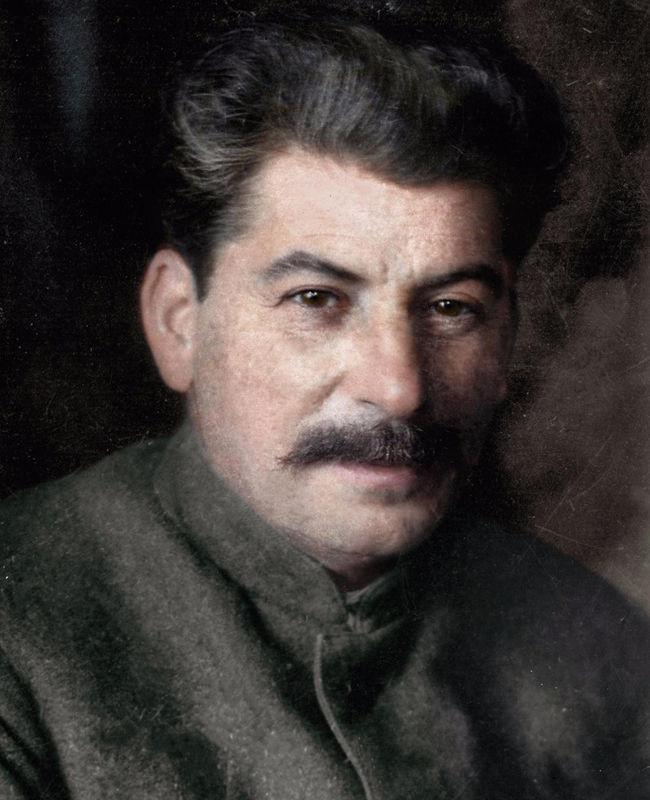 И.В. Сталину 140 лет. Как вы относитесь к этому человеку?