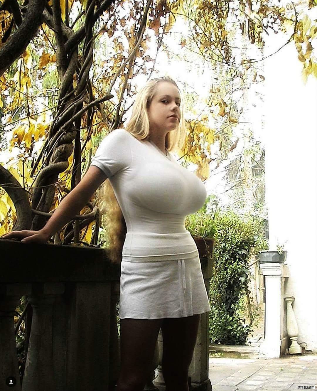 Anekee nude