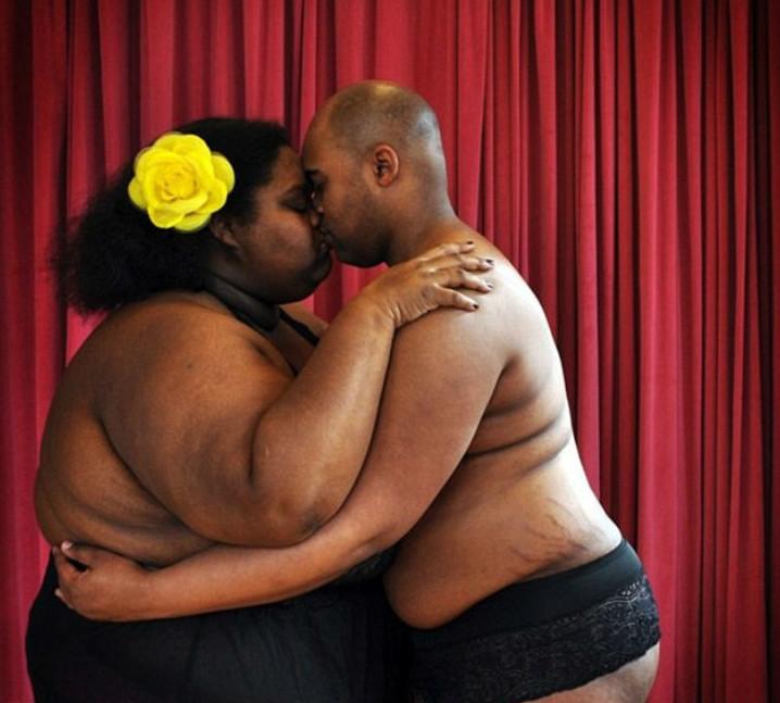 Парень и толстушка видео, секс в индии со спусканием в пизду