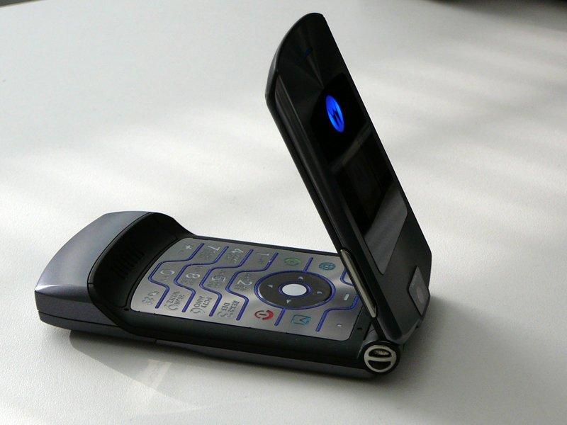 Motorola RAZR V3 ностальгия, сотовые, телефоны, техника