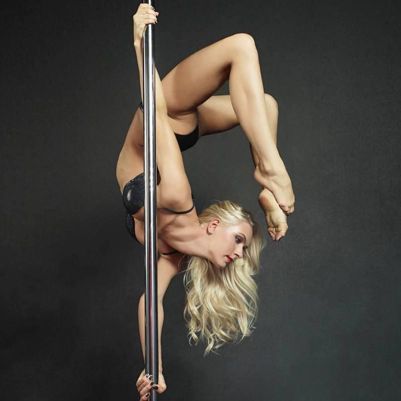 Watch Jessica Davies Porn Model Striptease