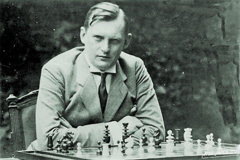 Сотрудник уголовного розыска и первый советский чемпион.