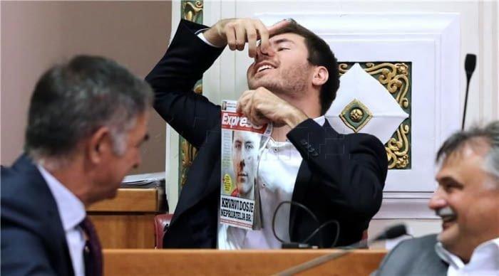 Немного Хорватии 9gag, государственная дума, депутат, депутаты, идиотизм, опозорить страну, позор, политики