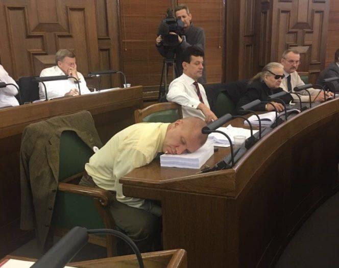 Латвия 9gag, государственная дума, депутат, депутаты, идиотизм, опозорить страну, позор, политики